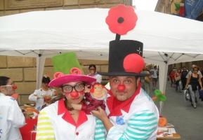 I clown di corsia sabato 8 giugno in piazza a Siena