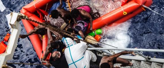 Neonati e bambini profughi i nuovi protagonisti degli sbarchi. Oltre 13mila migranti in una settimana