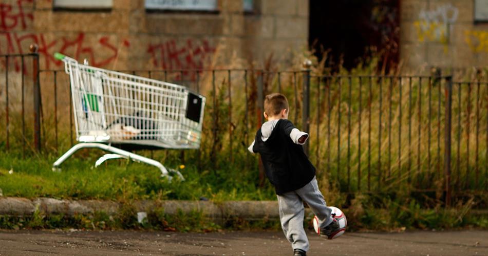 Bambini dietro le sbarre, la fine silenziosa dei tribunali dei minori
