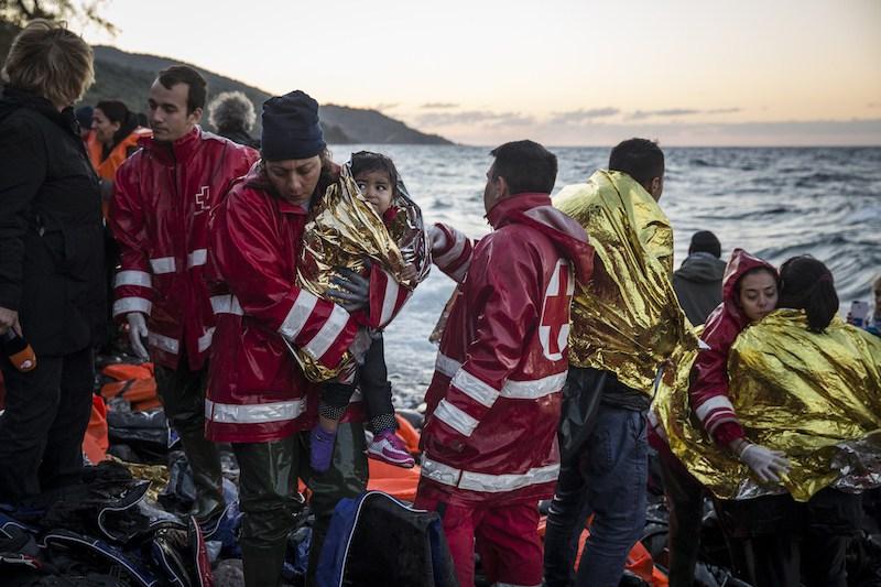 Lettera a mia moglie, infermiera volontaria tra i profughi (e a tutti quelli che non restano a guardare)