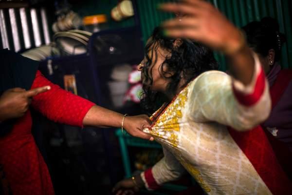 KANDAPARA: Il bordello Bengalese delle prostitute bambine