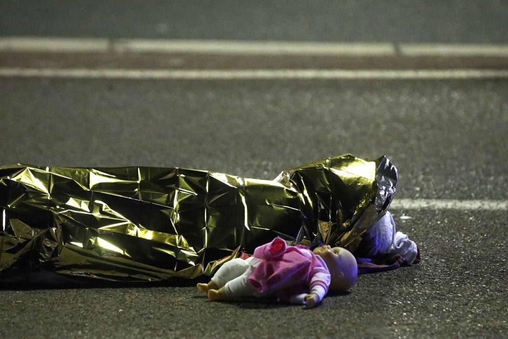 Io non voglio essere solidale con le vittime di Nizza