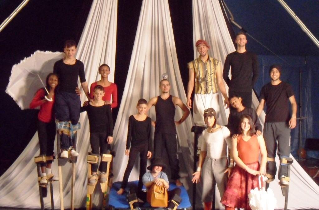 I ragazzi di Circomondo Festival nelle prove dello spettacolo circense